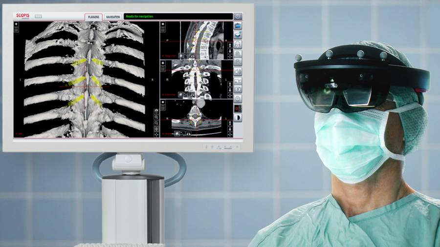 Microsoft Hololens Helps Surgeons To Perform Spinal Surgeries