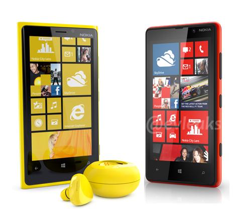 Nokia-Lumia-820-920 1.jpg